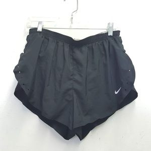 nike fit dry running shorts Lg